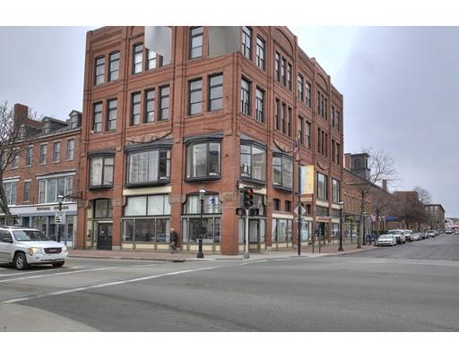 Коммерческий для того Продажа на 97 Central Street 97 Central Street Lowell, Массачусетс 01852 Соединенные Штаты