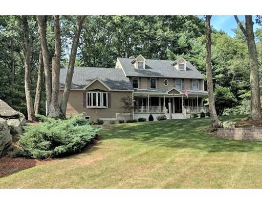 Single Family Home for Sale at 7 Luann Lane Pelham, New Hampshire 03076 United States