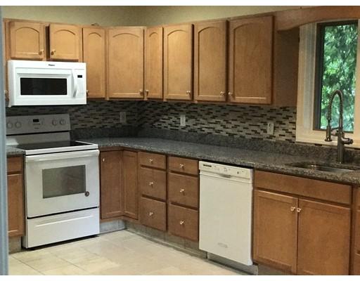 多户住宅 为 销售 在 22 Arcadia Street 22 Arcadia Street Revere, 马萨诸塞州 02151 美国