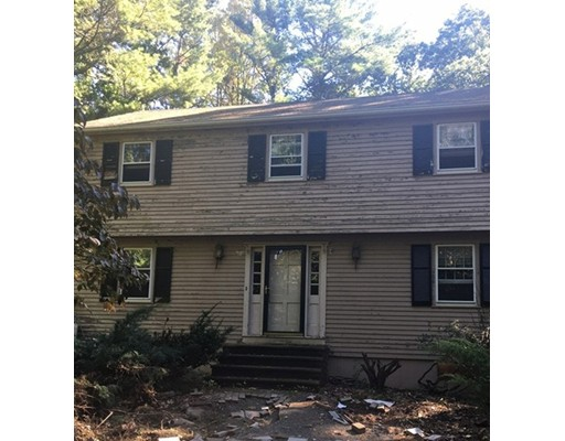 Single Family Home for Sale at 137 Bare Hill Road Boxford, Massachusetts 01921 United States