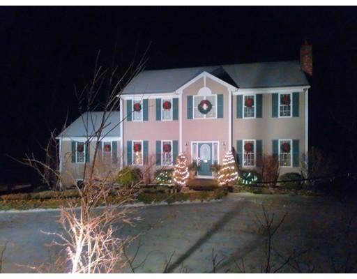 واحد منزل الأسرة للـ Sale في 775 Scott Road 775 Scott Road Oakham, Massachusetts 01068 United States