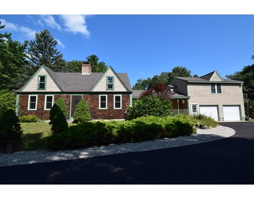 Single Family Home for Sale at 95 Main Street Kingston, New Hampshire 03848 United States