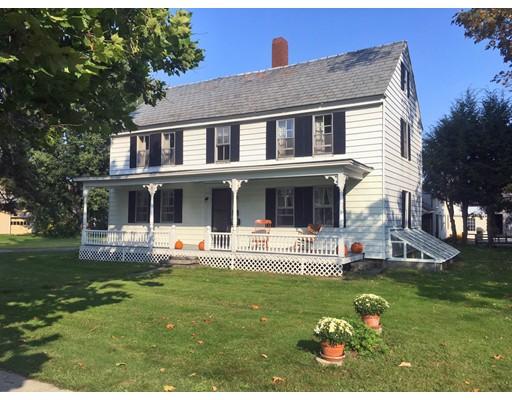 واحد منزل الأسرة للـ Sale في 61 Main Street 61 Main Street Northfield, Massachusetts 01360 United States