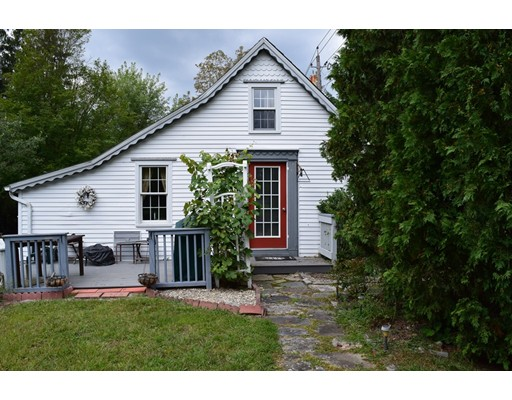 Single Family Home for Sale at 722 Main Street Hampden, Massachusetts 01036 United States