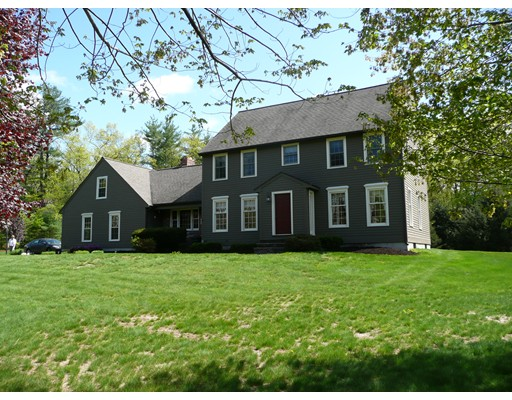 Single Family Home for Sale at 82 Keyes Road Westford, Massachusetts 01886 United States