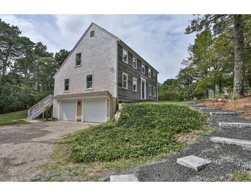 Single Family Home for Sale at 89 Pells Fishing Road 89 Pells Fishing Road Brewster, Massachusetts 02631 United States