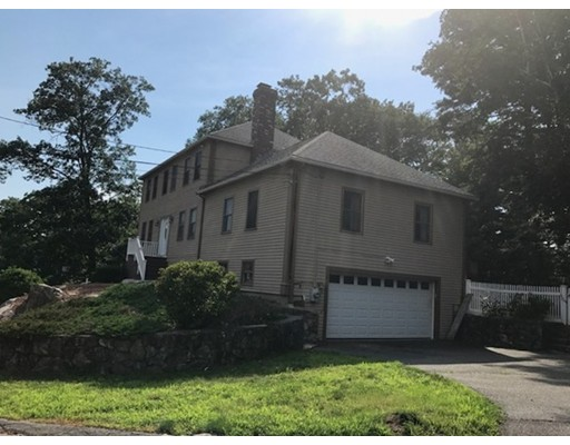 Частный односемейный дом для того Продажа на 1 Stephen Lane Dedham, Массачусетс 02026 Соединенные Штаты