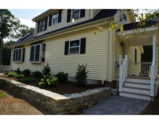 Single Family Home for Sale at 410 BEULAH Whitman, Massachusetts 02382 United States