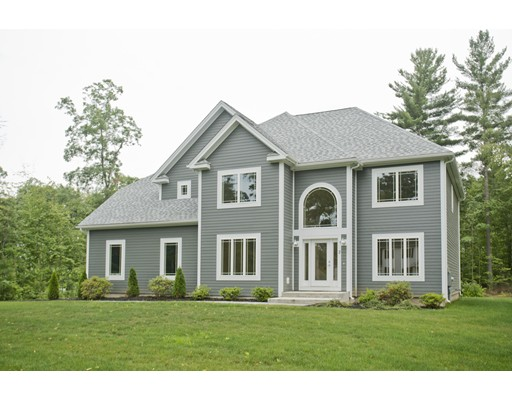 Single Family Home for Sale at 14 Nikki's Way Hadley, Massachusetts 01035 United States