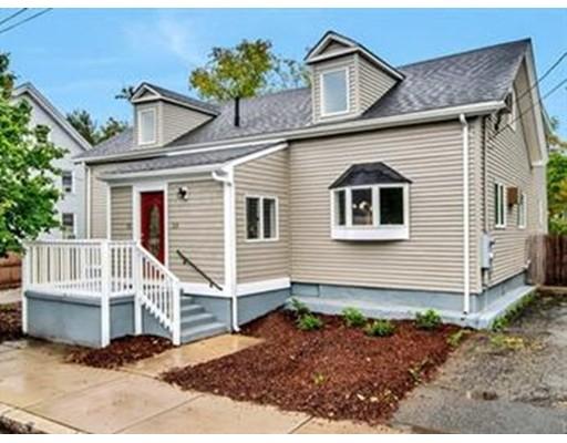 独户住宅 为 出租 在 25 Richardson Street 莫尔登, 02148 美国