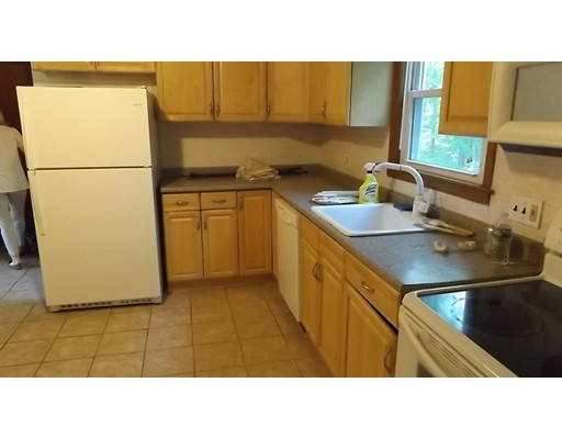 Single Family Home for Rent at 16 Elysian Drive 16 Elysian Drive Andover, Massachusetts 01810 United States