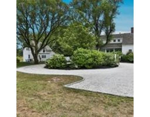 Частный односемейный дом для того Продажа на 141 Bank 141 Bank Harwich, Массачусетс 02646 Соединенные Штаты