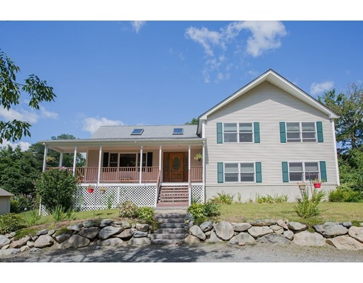 18 Plymouth St, Lakeville, MA 02347