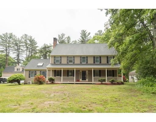 واحد منزل الأسرة للـ Sale في 51 Chestnut Street East Bridgewater, Massachusetts 02333 United States