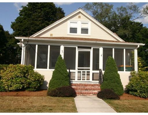 Частный односемейный дом для того Продажа на 395 Nahatan Street 395 Nahatan Street Norwood, Массачусетс 02062 Соединенные Штаты