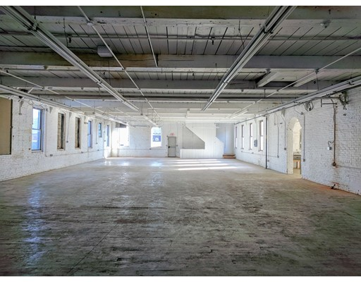 Commercial for Rent at 410 Dwight Street 410 Dwight Street Holyoke, Massachusetts 01040 United States