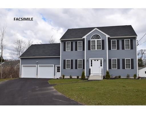 Maison unifamiliale pour l Vente à 28 J. A. McDermott Circle Randolph, Massachusetts 02368 États-Unis