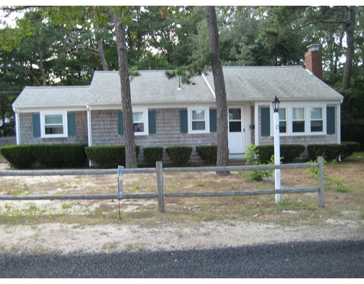 Single Family Home for Rent at 15 Wildwood Path #1 15 Wildwood Path #1 Yarmouth, Massachusetts 02673 United States