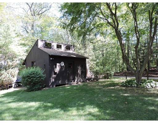 Single Family Home for Sale at 48 Laurelwood Drive 48 Laurelwood Drive Webster, Massachusetts 01570 United States