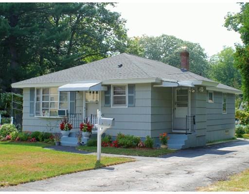 Maison unifamiliale pour l Vente à 87 Glendale Street 87 Glendale Street Worcester, Massachusetts 01602 États-Unis