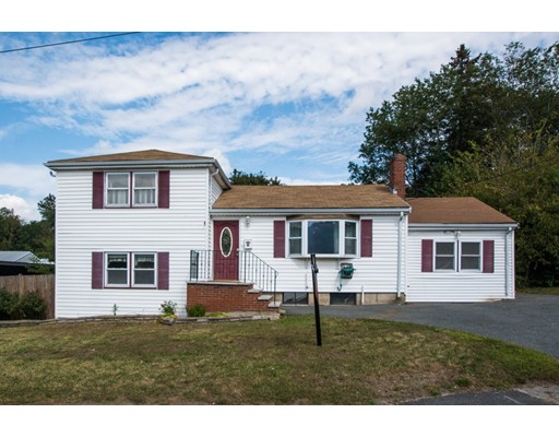 واحد منزل الأسرة للـ Sale في 57 Rose Way 57 Rose Way Holbrook, Massachusetts 02343 United States