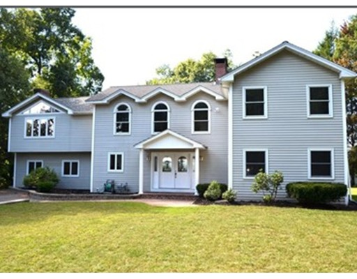 66 Eastwood Dr, Westfield, MA 01085