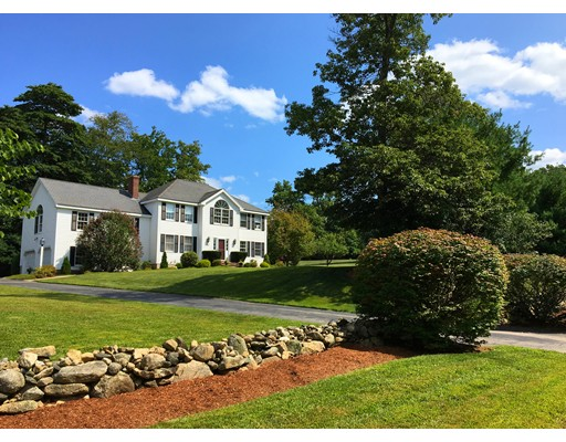 Single Family Home for Sale at 29 Butler Road 29 Butler Road Mendon, Massachusetts 01756 United States
