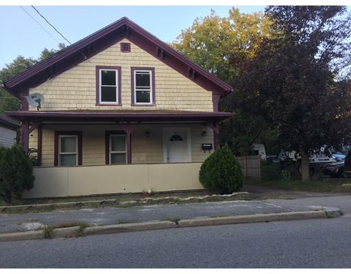 Casa Unifamiliar por un Venta en 829 River Street 829 River Street Woonsocket, Rhode Island 02895 Estados Unidos