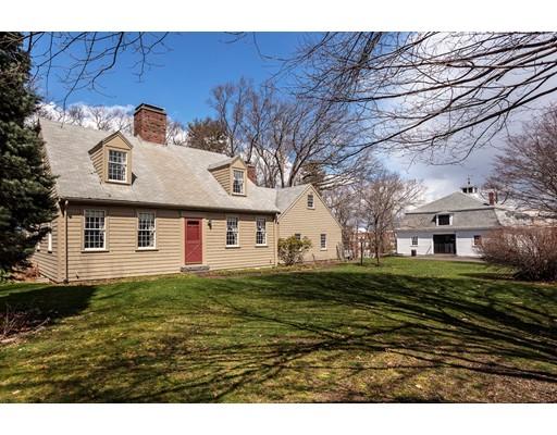 Casa Unifamiliar por un Venta en 22 Gile Road Milton, Massachusetts 02186 Estados Unidos