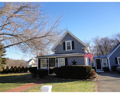 Single Family Home for Rent at 55 Bedford Street 55 Bedford Street Abington, Massachusetts 02351 United States