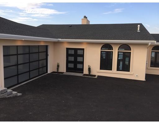 Casa Unifamiliar por un Venta en 248 Wilson Road Nahant, Massachusetts 01908 Estados Unidos