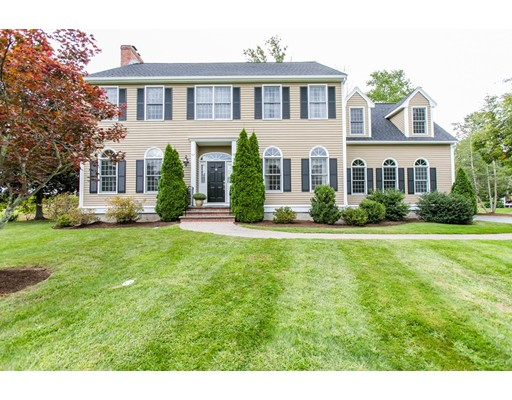 Single Family Home for Sale at 4 Apple Ridge Drive 4 Apple Ridge Drive Natick, Massachusetts 01760 United States
