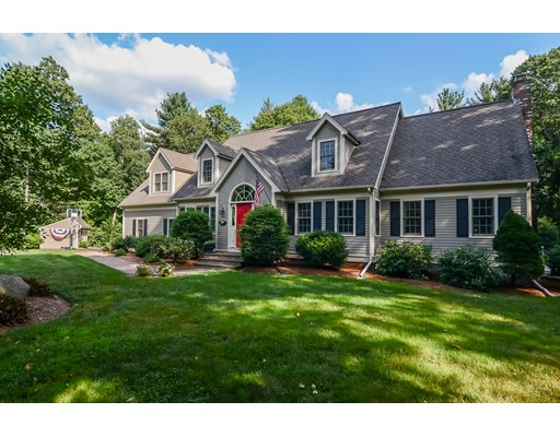 Single Family Home for Sale at 7 Michelle's Way Foxboro, Massachusetts 02035 United States