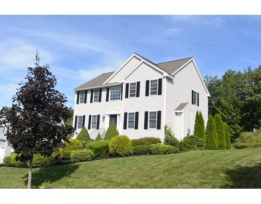 Casa Unifamiliar por un Venta en 22 Nathan Drive 22 Nathan Drive Clinton, Massachusetts 01510 Estados Unidos