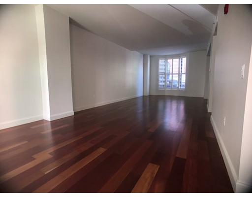 Additional photo for property listing at 26 Second Street #2 26 Second Street #2 Cambridge, Massachusetts 02141 United States