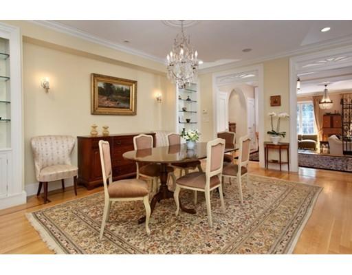 Maison unifamiliale pour l Vente à 77 Chestnut Street 77 Chestnut Street Boston, Massachusetts 02108 États-Unis