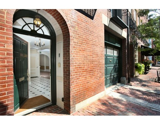 77 Chestnut St, Boston, MA, 02108