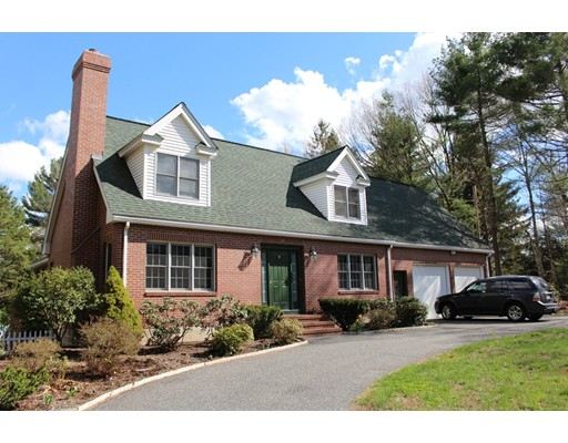 Single Family Home for Sale at 90 Howe Street 90 Howe Street Ashland, Massachusetts 01721 United States