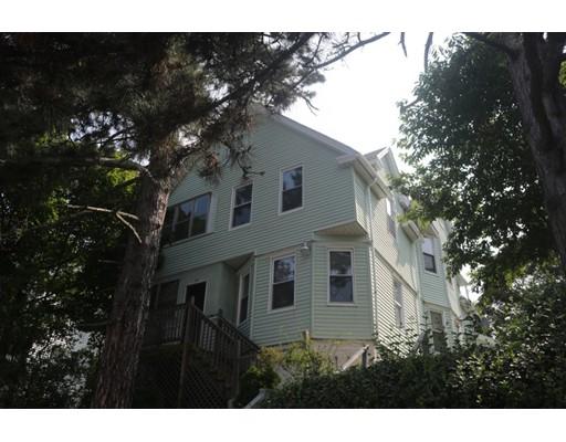 多户住宅 为 销售 在 70 Everard Street 伍斯特, 马萨诸塞州 01605 美国