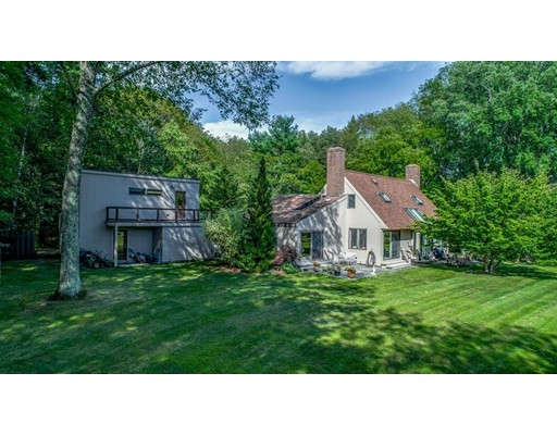 Single Family Home for Sale at 321 Bedford Road Carlisle, Massachusetts 01741 United States