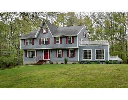 Maison unifamiliale pour l Vente à 31 BOGASTOW BROOK Road 31 BOGASTOW BROOK Road Sherborn, Massachusetts 01770 États-Unis