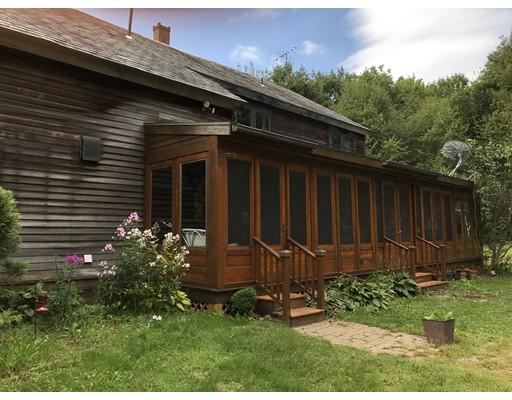 Maison unifamiliale pour l Vente à 284 Patten Road 284 Patten Road Shelburne, Massachusetts 01370 États-Unis