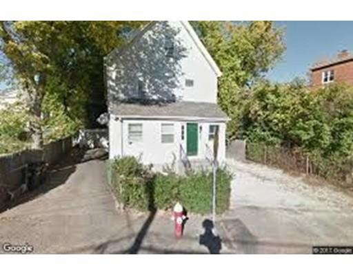 多户住宅 为 销售 在 95 Nichols Avenue 沃特敦, 马萨诸塞州 02472 美国