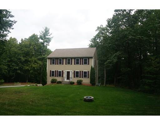 Maison unifamiliale pour l Vente à 34 Turner Road Townsend, Massachusetts 01469 États-Unis
