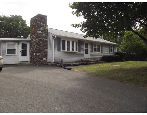 Single Family Home for Sale at 60 Line Street 60 Line Street Easthampton, Massachusetts 01027 United States