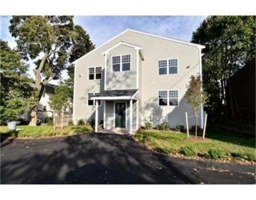 独户住宅 为 出租 在 39 Athens Street 韦茅斯, 马萨诸塞州 02191 美国