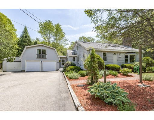 Single Family Home for Sale at 609 Newburyport Turnpike Road 609 Newburyport Turnpike Road Rowley, Massachusetts 01969 United States