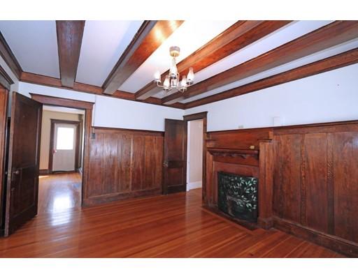 Vivienda multifamiliar por un Venta en 1014 South Street Boston, Massachusetts 02131 Estados Unidos