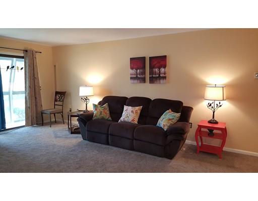 Casa Unifamiliar por un Alquiler en 19 Eaglehead Terrace 19 Eaglehead Terrace Shrewsbury, Massachusetts 01545 Estados Unidos