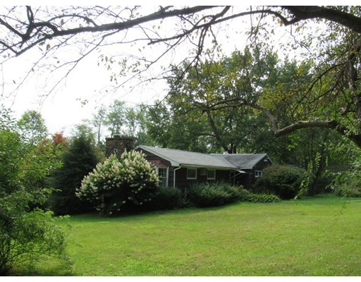 Single Family Home for Sale at 131 Burnett Street 131 Burnett Street Granby, Massachusetts 01033 United States